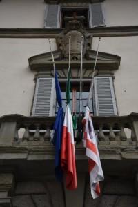 bandiere a lutto 001