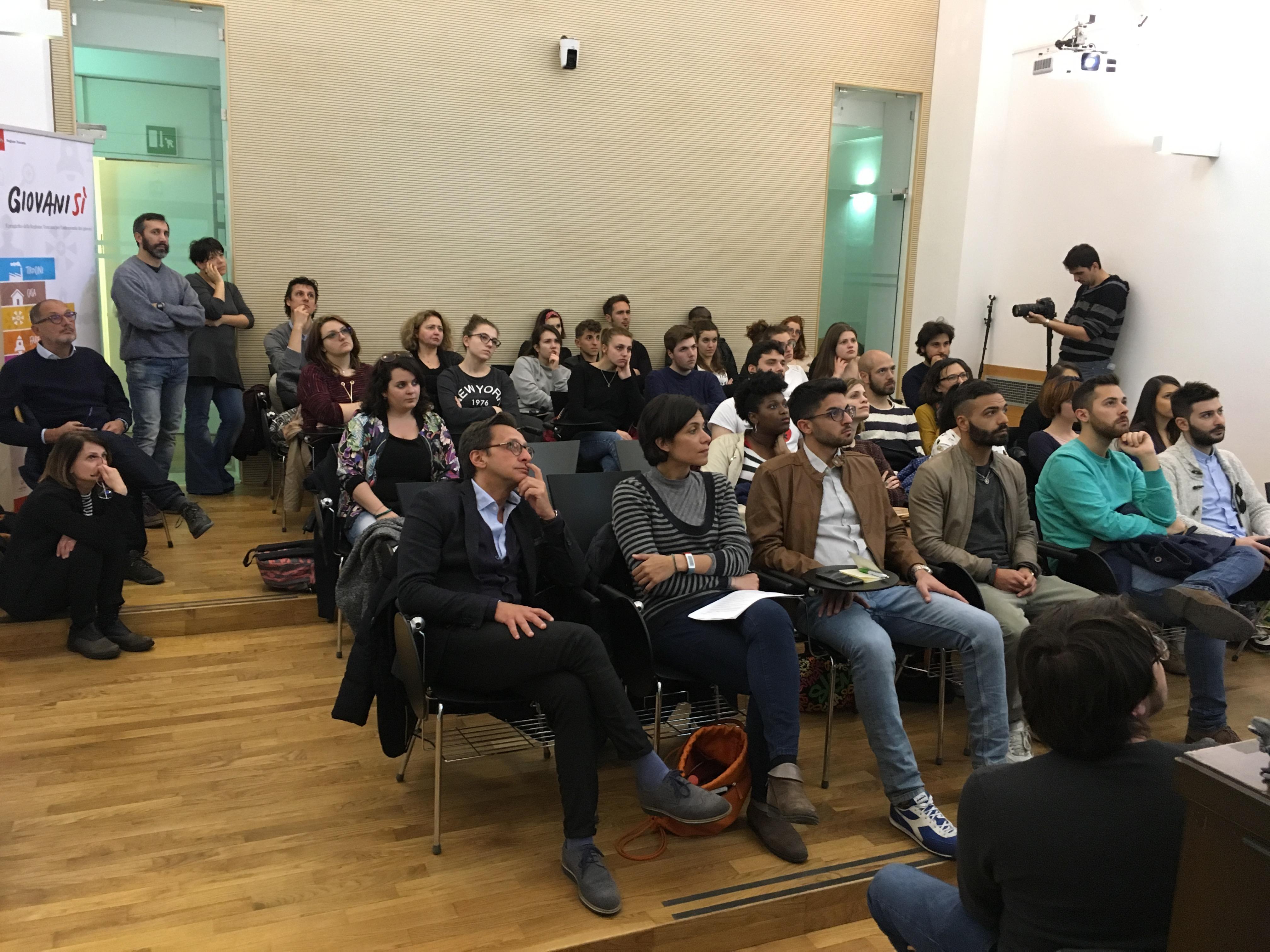 #Giovanisìtour17 a Siena: rivivi l&#8217;evento con video, foto e social <div class='giovanisi-subtitle'>Next stop: 25 maggio, Rosignano (Castiglioncello - LI)</div>